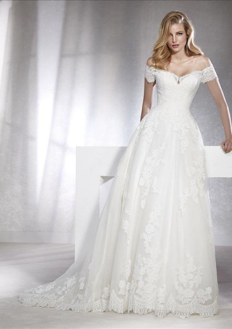 Robe de Mariée Fabiana coupe A-line longue avec manches - White One