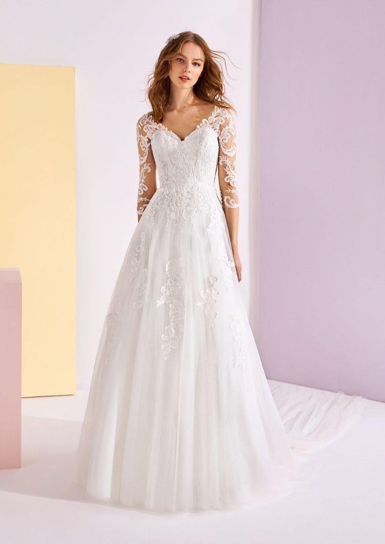 Robe de mariée Vexta décolleté en V - White One