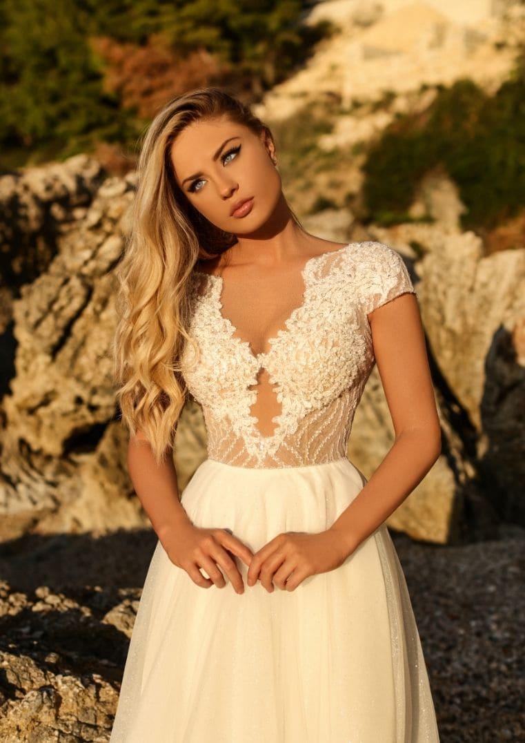 Robe de mariée dentelle brillante Clementine