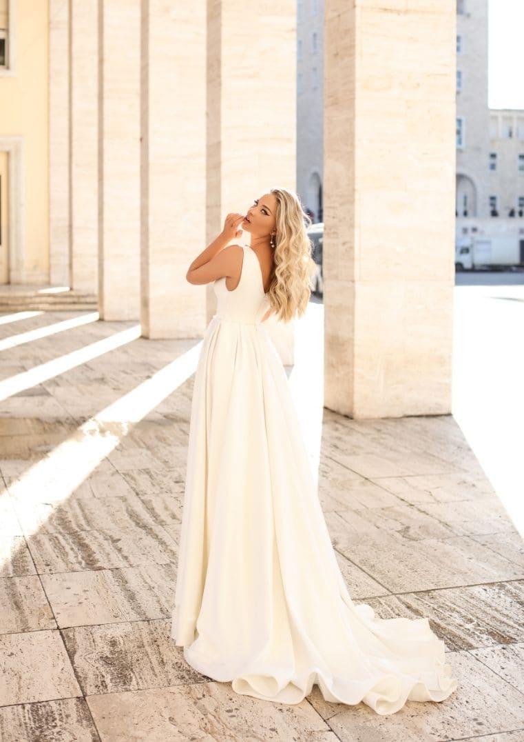 Robe de mariée avec traîne, Magnolia
