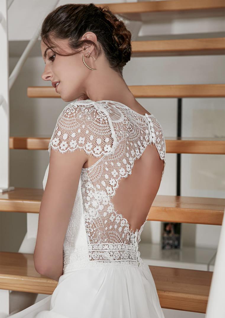 Robe de mariée dos dentelle avec manches - Rebelle - Bochet Créations
