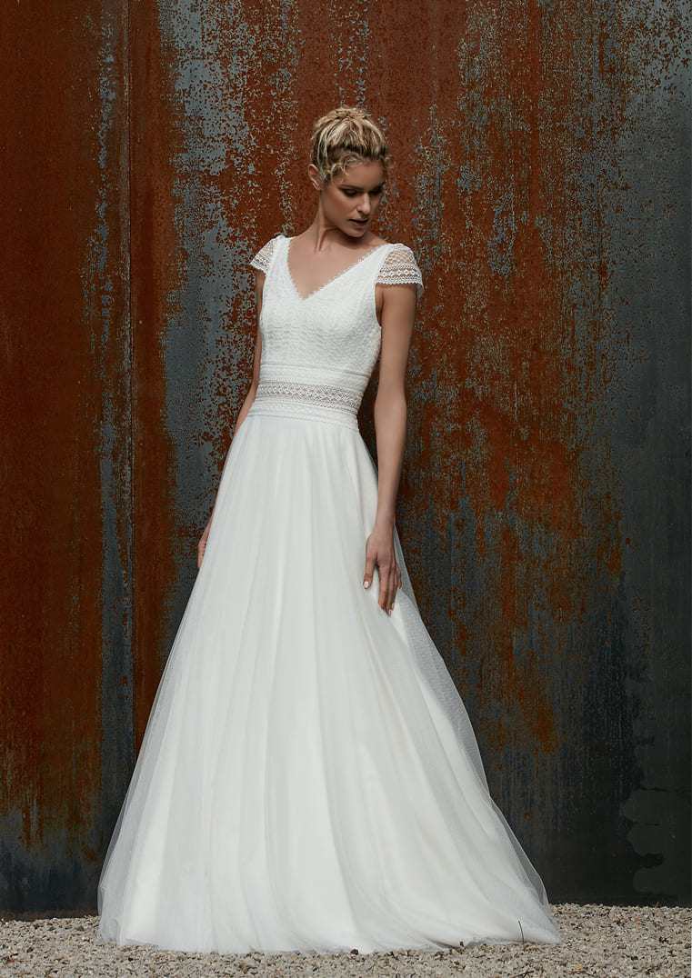Robe de mariée coupe Princesse - Rythmée Bochet Créations